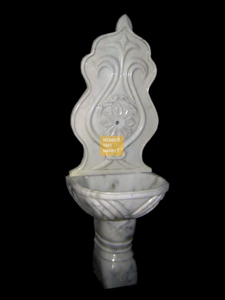 Grili Beyaz Mermer Çeşme